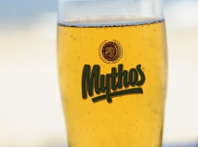 Bonne bière fraîche la Mythos reste classique et bien répandue
