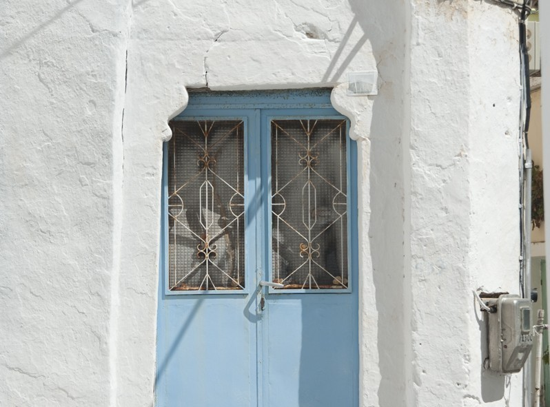 Les fameuses portes de l'île de Santorini