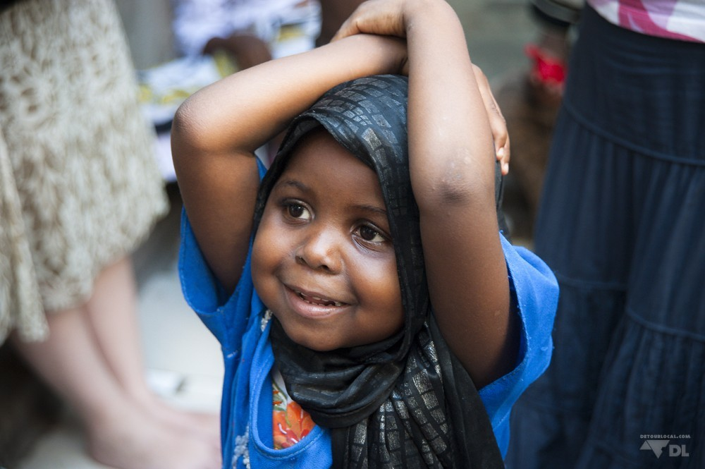 Visite d'un orphelinat pour une séance photo pour un organisme humanitaire