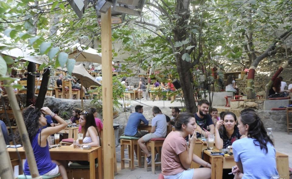 underground café, Athènes