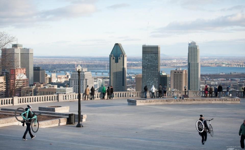 Le plateau Mont-Royal offre une vue splendide de la métropole du Québec