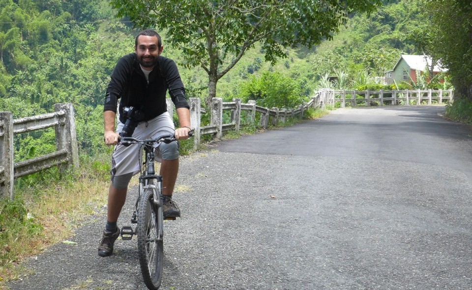 Maxime et sa pose de beau gosse en vélo dans les Blue Mountains