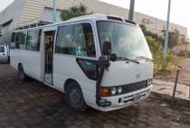 Bienvenue à bord du micro-bus, confort et qualité-prix