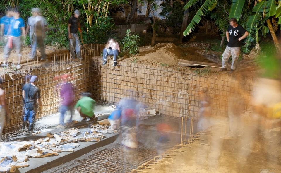 La nouvelle piscine creusée à la main de Casa Abierta