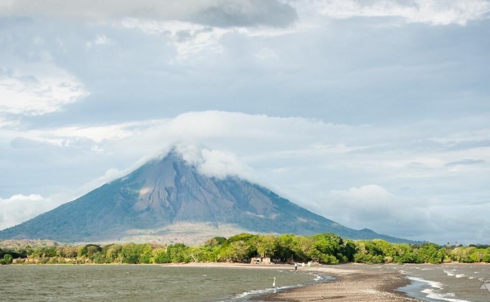 L'île d'Ometepe est reconnu pour ses deux volcans: Concepion et Maderas