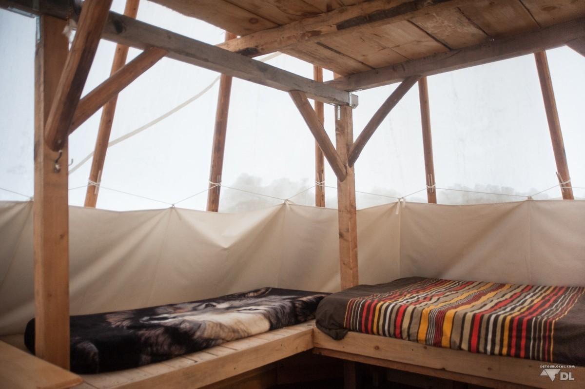 survie et camping d hiver dans un tipi au canada d tour local. Black Bedroom Furniture Sets. Home Design Ideas