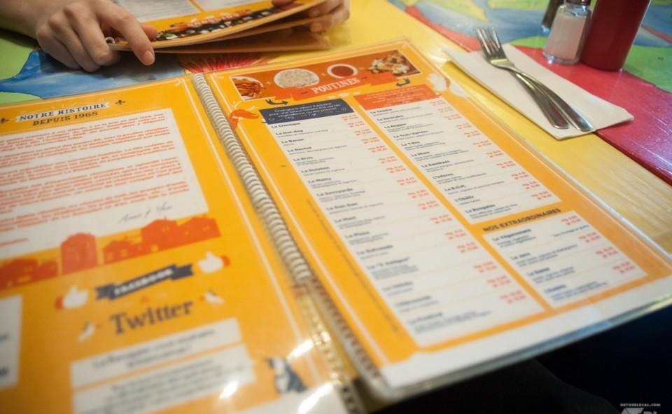 Le vaste menu diversifié du restaurant la Banquise à Montréal