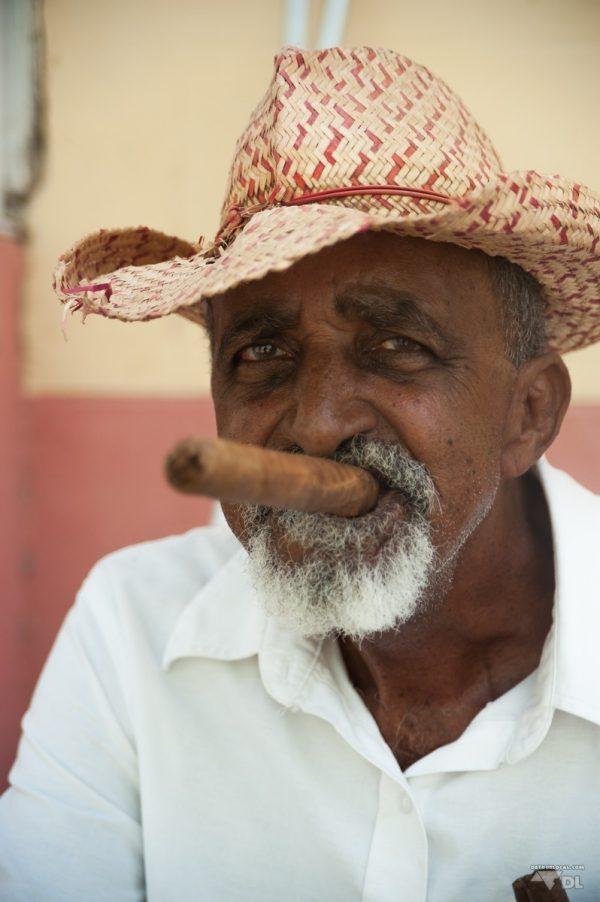 Arnaque du faux cigare cubain, c'est le classique des arnaques à Cuba