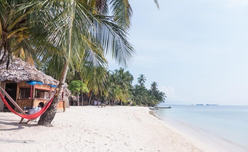 Panama, San Blas. Maxime dans son hamac
