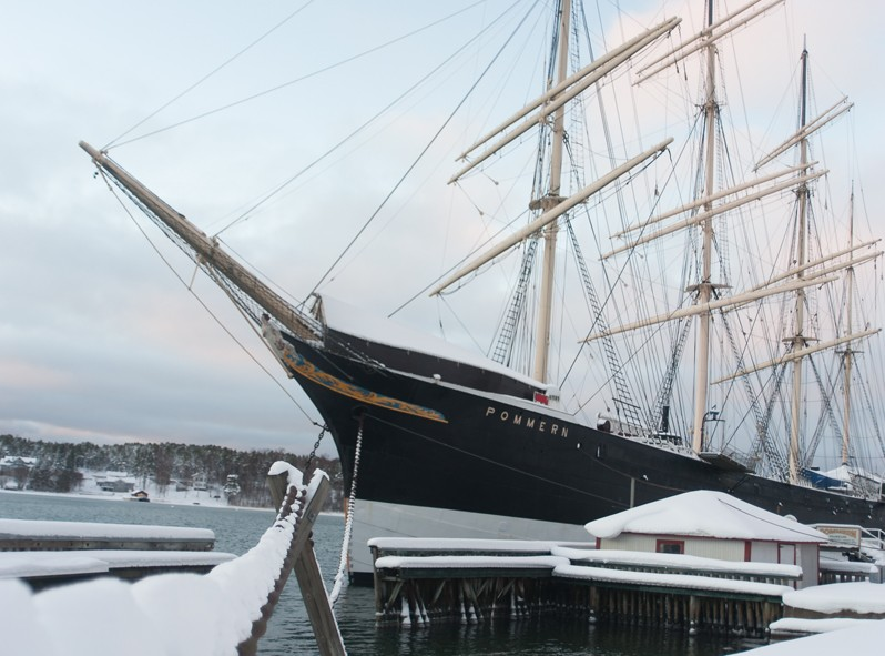 Le Pommern est un bateau typique de la région et est exposée devant le musée de Marieham dans les îles Aland