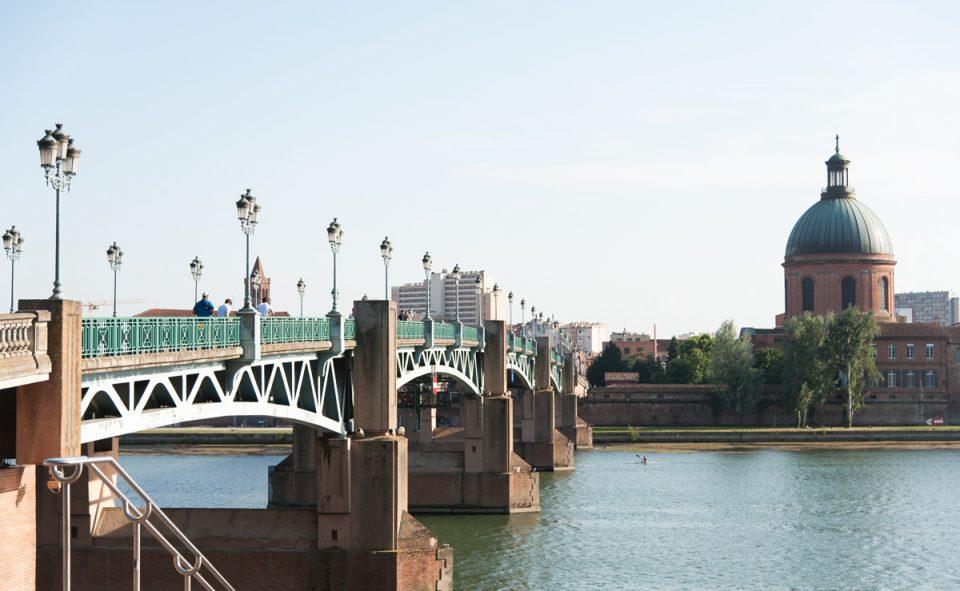 Visiter Toulouse à pied, balade à vélos et plus encore