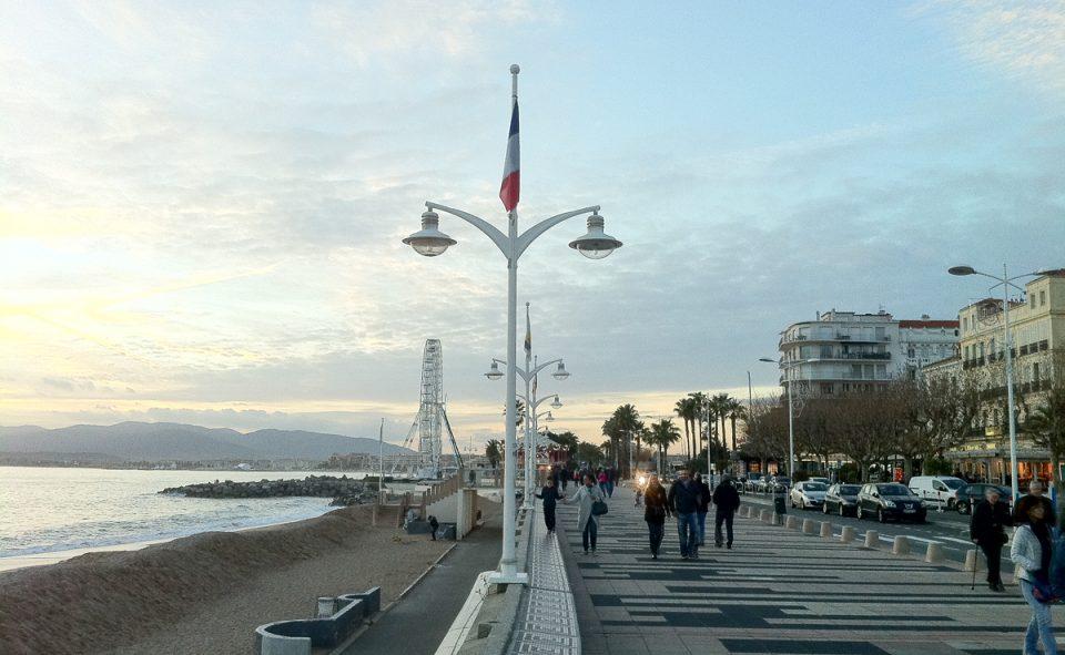 Balade sur au bord de l'eau à Saint Raphaël