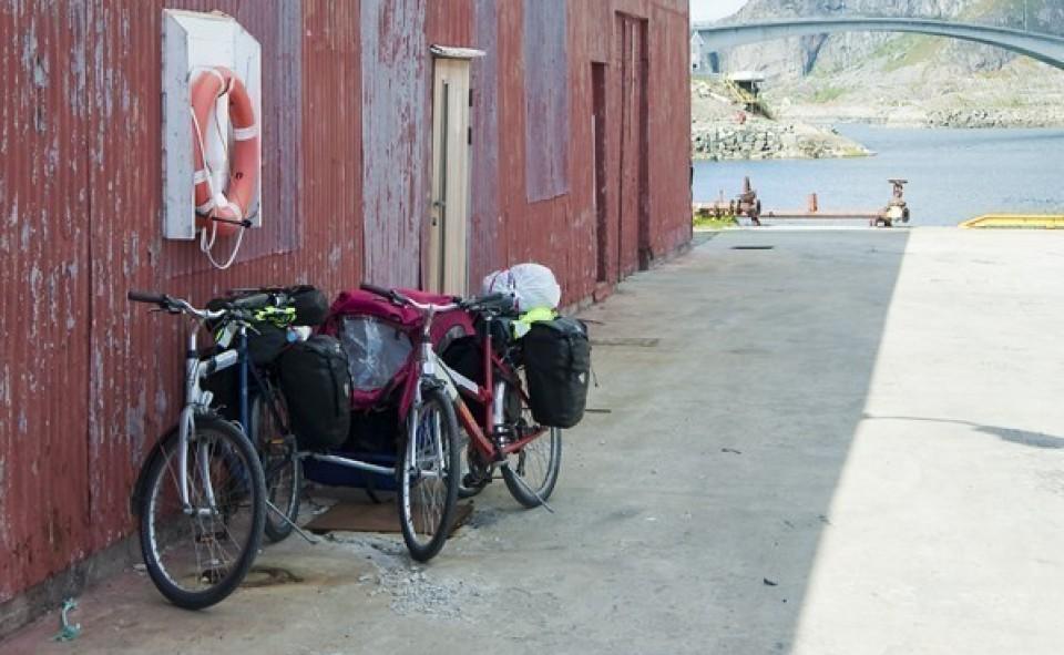 Henningsvaer, Lofoten; première étape difficile avec tout notre surplus d'équipement