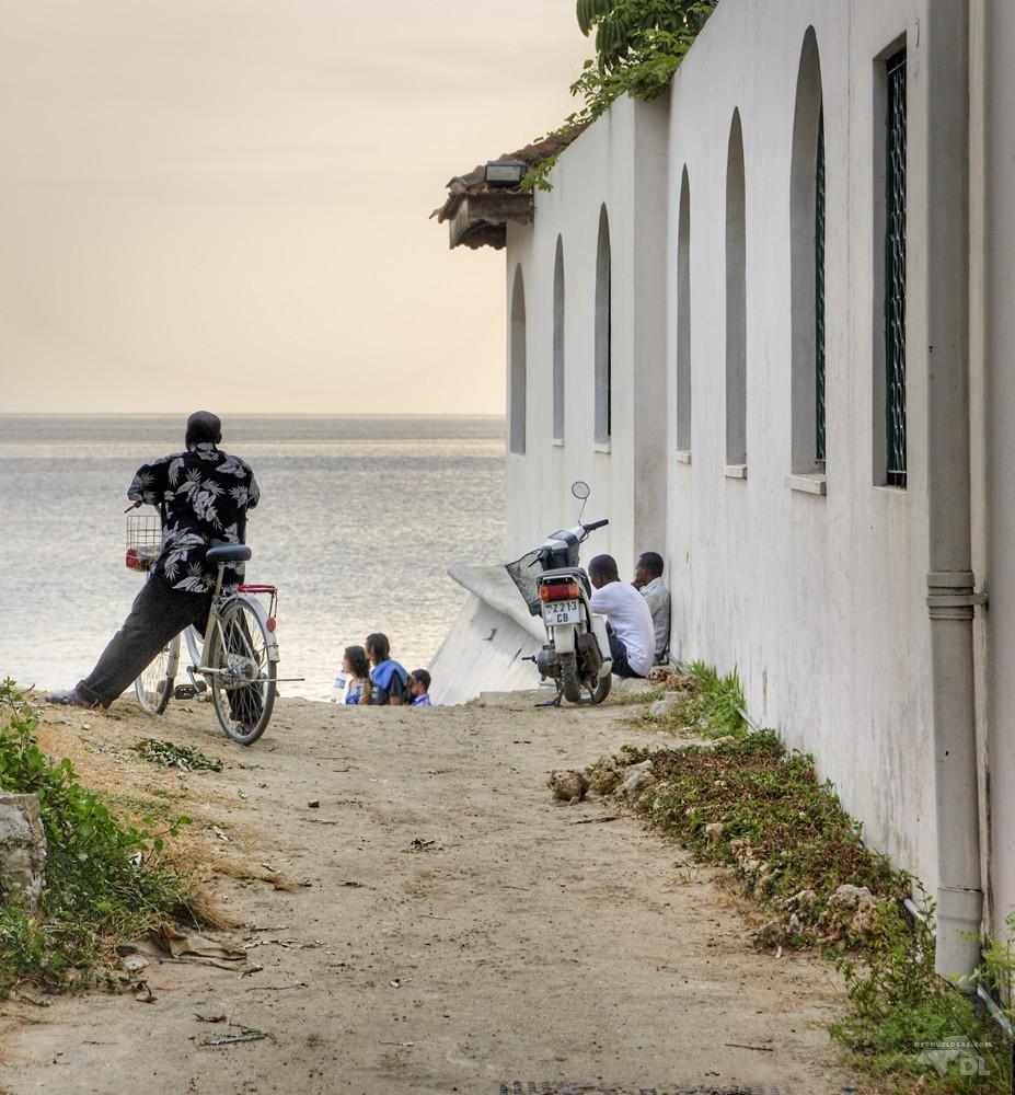La plage de Zanzibar à la sortie de Stone Town