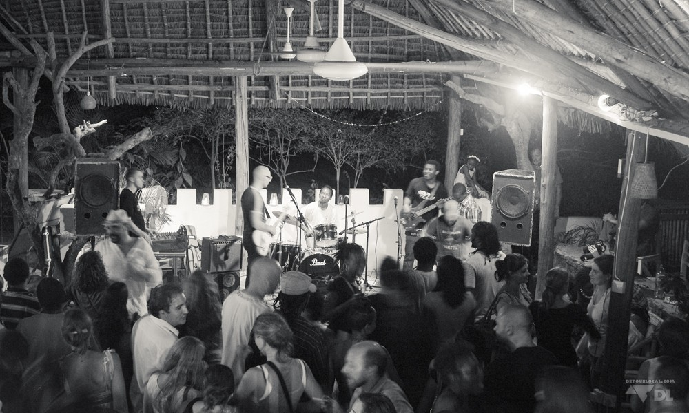 L'ambiance festive et compactée lors d'une soirée The Beat @ Triniti