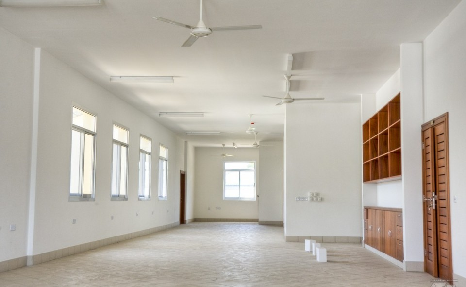 Intérieur d'un nouvel hopital à Dar es Salaam