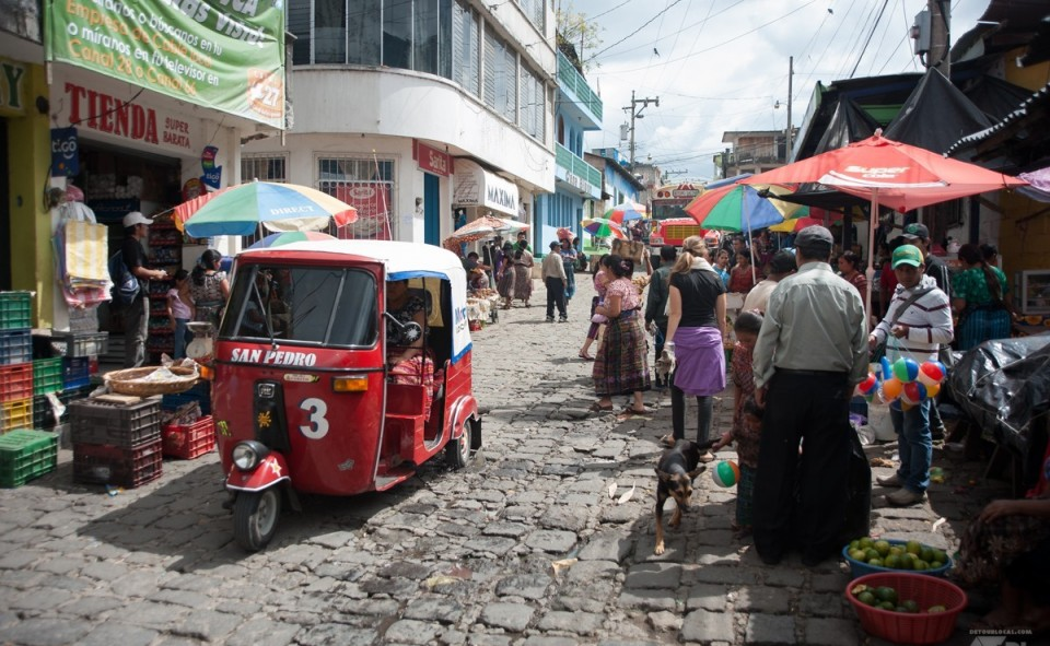 Le marché de San Pedro la Laguna