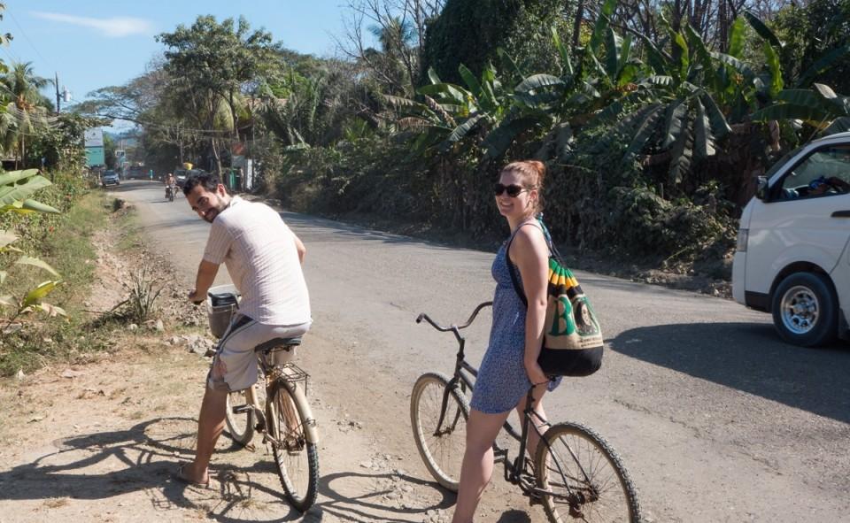 Le vélo reste une bonne alternative lorsqu'il n'est pas hors de prix ou mieux lorsqu'il est inclus dans votre hébergement