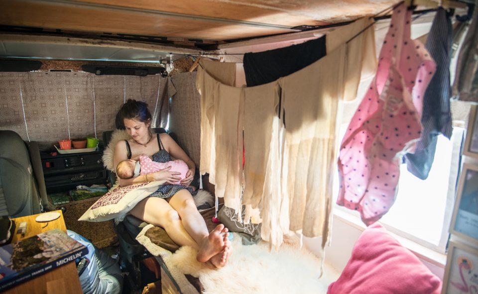 Faire sécher son linge à bord d'un van, c'est pas toujours aussi pratique qu'on le croit